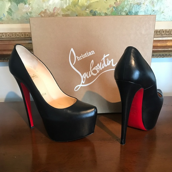 b1f0c96b0d2 Christian Louboutin Shoes